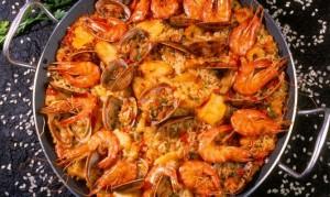 Paella de langostinos